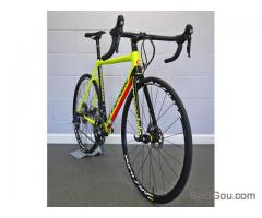 Vendo Novo 2017 Cannondale SuperSix Evo Disc Ultegra